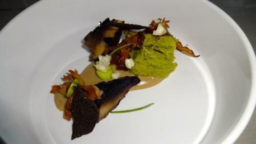 Chanterelle Mushrooms, Cauliflower Mushrooms, Black Truffle, and Pan Brioche (6/10).