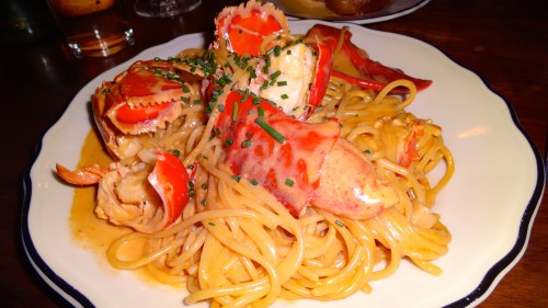 Spaghetti with Lobster (8/10).
