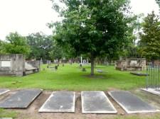 Colonial Park Cemetery.