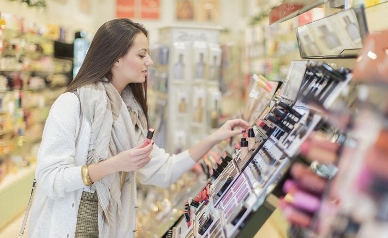 Ia salah untuk menganggap bahawa produk atau perkhidmatan yang sangat baik akan secara automatik memegang pelanggan. Seseorang sedang mencari interaksi, penjagaan dan kepuasan keperluan, sebagai tambahan kepada produk tertentu yang disediakan.