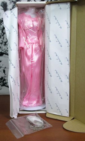 The Princess Diana Royal Wardrobe Collection Commemorative Edition Pink Gown