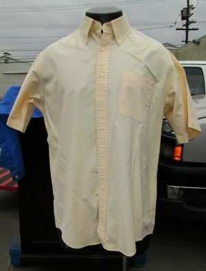 L.L. Bean Dress Shirt Button Down Short Sleeve Butter Cream  100% Cotton