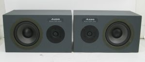PAIR of ALESIS MONITOR ONE Studio Reference Monitor Speakers 4-Ohm 200W