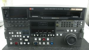 SONY DVW-A500 DIGITAL BETACAM RECORDER PLAYER 935 D HOURS
