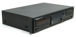 Rack Mount TASCAM CD-160 Professional CD Compact Disc Player