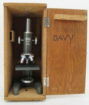Vintage Bushnell Triple 90-5000 Monocular Microscope w/ Case