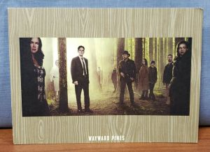 WAYWARD PINES Cast Promo HOLIDAY GREETING CARD Hand Signed MATT DILLON Autograph