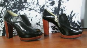 Michael Kors Black Women's Open-Toe Platform Heels Leather Size 8M