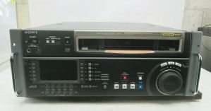 SONY HDW-D1800 CINEALTA HDCAM RECORDER PLAYER 728 D-HRS