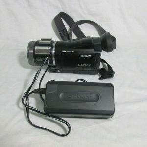 SONY HVR-A1U HDV CAMCORDER MINI DVCAM VIDEO RECORDER AC-L10A NEEDS REPAIR