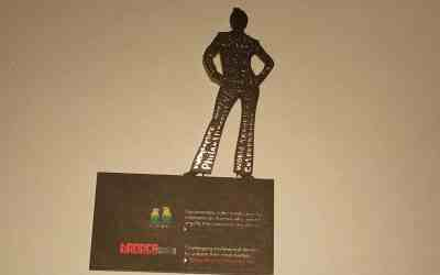 Do You Stand Out with Cool Business Cards? ( Maybe you should)