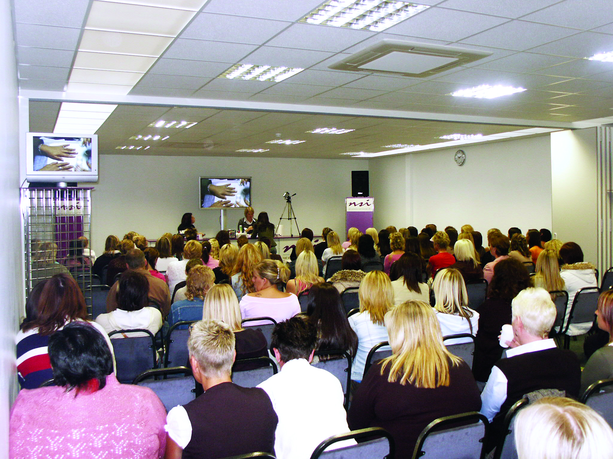 Nsi Has Been Supplying The Uk Nail And Beauty Industry For 25 Years Built Up A Retion Excellence Both Its S Training