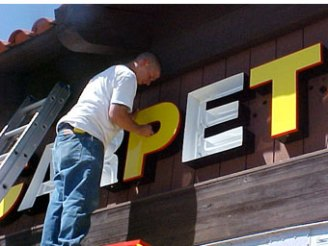 sign repair and restoration services in Detroit Michigan