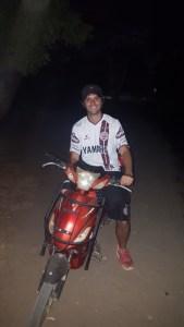 Andando en scooter