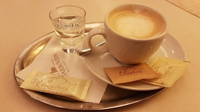Kaviareň Sissi 3
