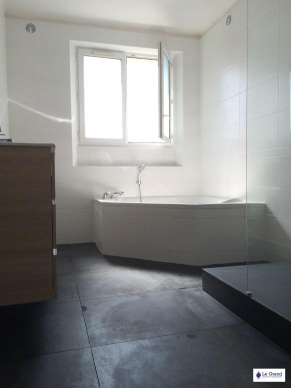 Le Grand Plombier Chauffagiste Rennes Bruz - Salle de bains - Plomberie - Agencement - Salle de Bains - Baignoire d'angle - Brest (4)