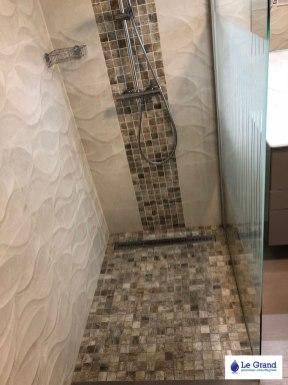 Le-grand-plombier-rennes-salle-de-bains-douche-italienne-mosaïque-baignoire-asymétrique (4)