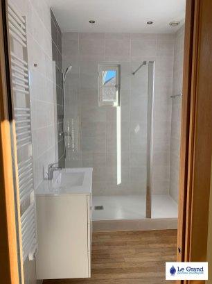 le-grand-rénovation-salle-de-bains-Rennes-plombier-carrelage (3)