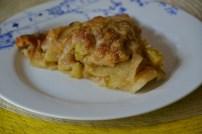https://sallycooks.com/2014/06/05/apple-crumble-pie/