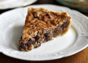 chocolate-pecan-bourbon-pie