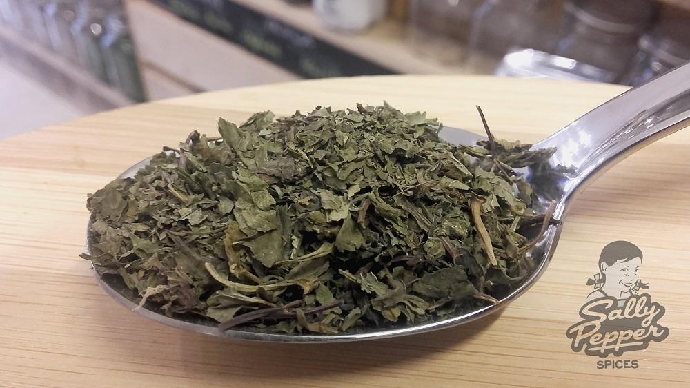 Sally Pepper especia para CHORVÁS (SOPA DE HIERBABUENA):Hierbabuena seca.