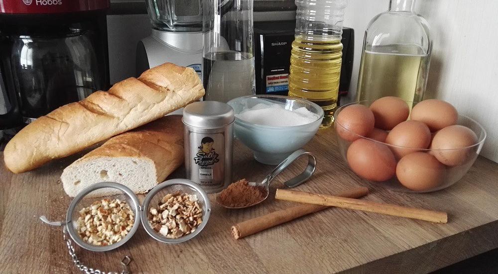 Ingredientes para las torrijas de vino: Pan, Vino blanco, Agua, Canela de Ceylán, Canela molida, Corteza de limón, Corteza de naranja, Azúcar, Huevos, Aceite de girasol.