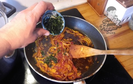 Agregar el cilantro fresco.