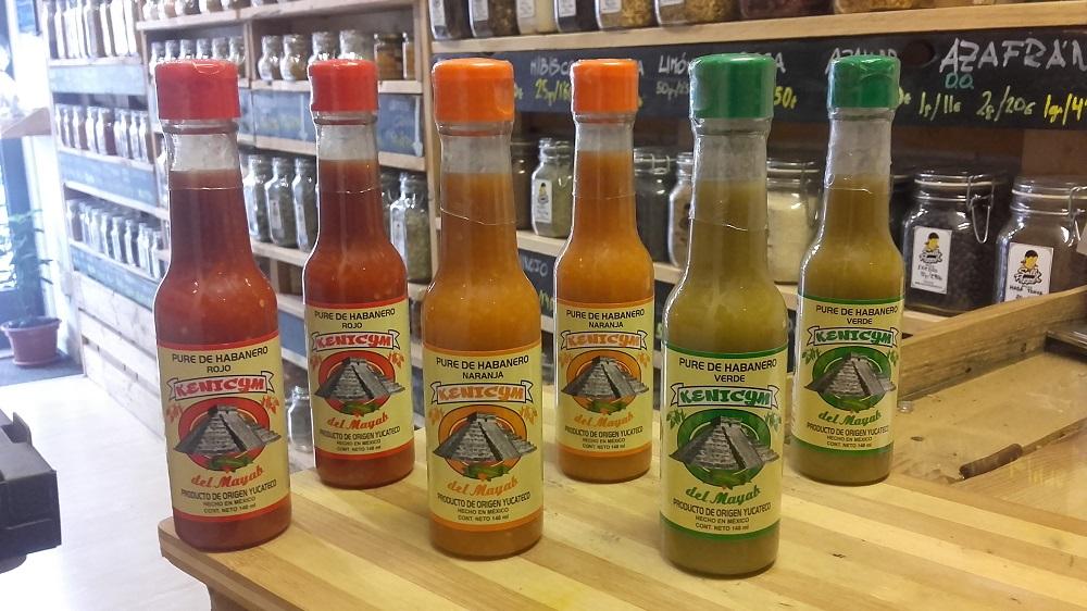 Sally Pepper-Spices-Tienda-especias-chiles-salsas picantes-Madrid-pure de habanero-verde-rojo-naranja-Kenicym del mayab-1000 x 562