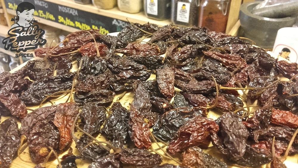 Sally Pepper-Spices-Tienda-Especias-salsas picantes-chiles-Habanero-ahumado-Paper Lantern