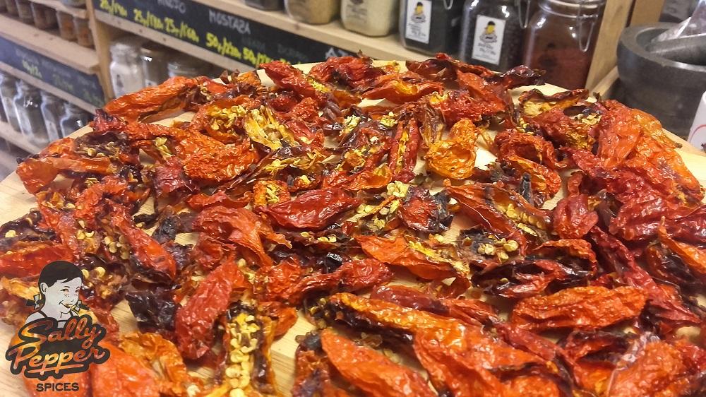Sally Pepper-Spices-Tienda-Especias-salsas picantes-chiles-Naga Morich