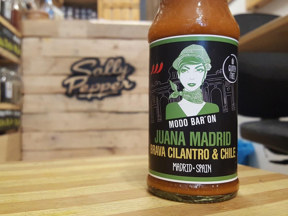 Sally Pepper-Spices-Tienda-Especias-salsas picantes-chiles-Madrid-Juana Madrid-salsa-brava-cilantro-chile-1000 x 700