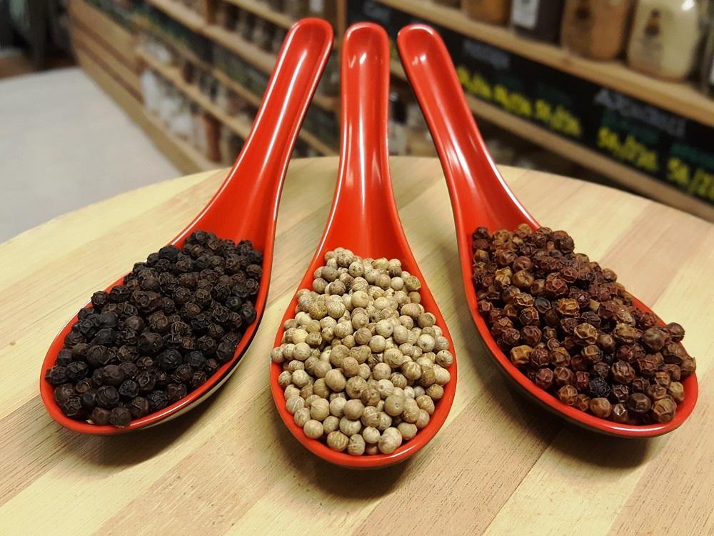 sally pepper-spices-especias-madrid-pimienta-de-kampot-negra-blanca-roja