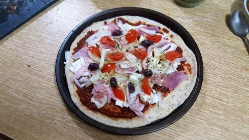 sally pepper-spices-tienda-especias-madrid-pizza-hierbas-aromaticas-sin levadura-cerveza-caleya-picante-cebolla-tomate-cherry