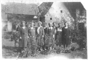 Hobach-sisters