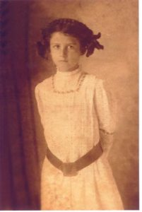 Julia-W-Moore-1910