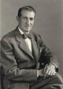 Robert-Edwards-Moore