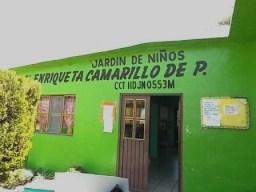 El jardin de niños Enriqueta Camarillo a punto de derrumbarse.
