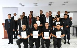 Egresan 13 elementos policiales de la carrera Técnico en Policía…