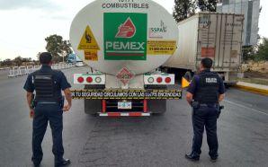 Policía Federal aseguró casi 60 mil litros de hidrocarburo y…