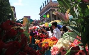 """El tradicional """"Día de las Flores"""" en Guanajuato capital."""