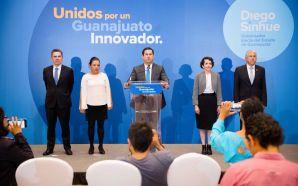 Presenta Diego Sinhue primeros integrantes de su gabinete