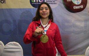 Bienvenida de familiares y amigos a Yessica Hernández Vieyra