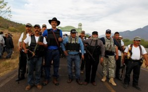 Autodefensas, a favor de colaborar con Guardia Nacional: Mireles