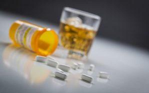 ¿?Qué tan peligroso es mezclar el alcohol con los medicamentos?