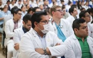 POR AUSTERIDAD REDUCIRÁN A LA MITAD BECAS DE MÉDICOS Y…