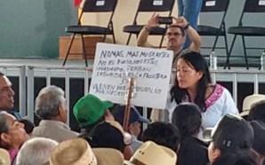 #Estatal LE RETIRAN EL CARTEL TRAS INTENTAR MANIFESTARSE ANTE AMLO.