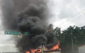 Balaceras y bloqueos en Culiacán tras operativo contra hijos del…