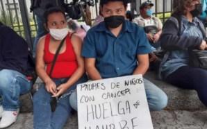 #Nación PAPÁS INICIAN HUELGA DE HAMBRE POR FALTA DE MEDICAMENTOS…