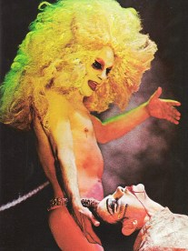 Lindsay Kemp (Salomé) and David Haughton (Jokanaan)