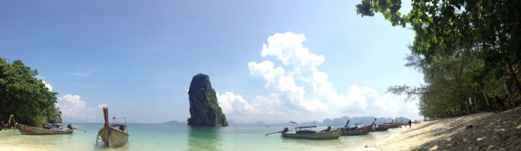 poda island before the lunch time picnickers